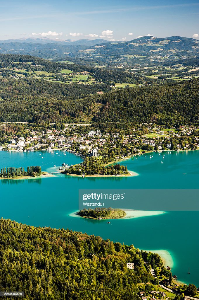 Austria, Carinthia, Islands in Lake Worthersee, view from Pyramidenkogel