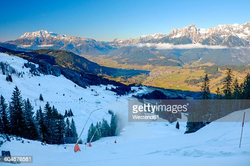 Austria, Salzburg State, Maria Alm on Hochkoenig, alpine landscape in winter, ski amade and snow cannons