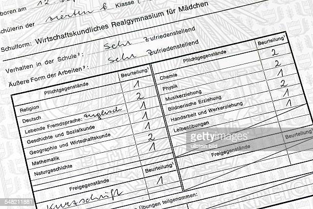 Austria school report of a school girl of a upperstream secondary business school for girls