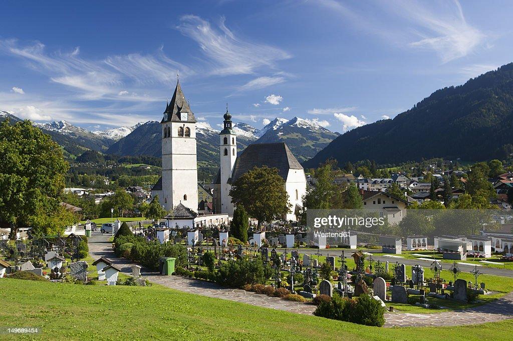Austria, Tyrol, Kitzbuehel,View of town and church