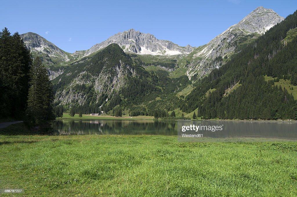 Austria, Tyrol, Lake Vilsalpsee