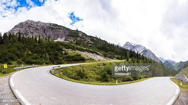 Austria, Tyrol, Mountain pass to Hahntennjoch