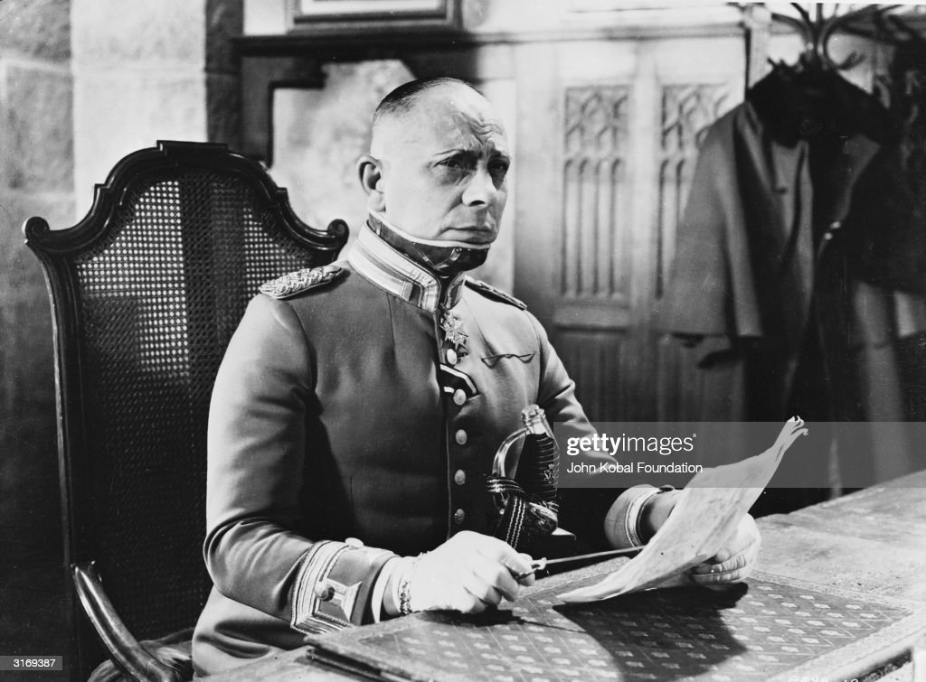 Austrian actor, screenwriter and director Erich von Stroheim (1885 - 1957) plays Captain von Rauffenstein in the French war film 'La Grande Illusion' ('The Grand Illusion'), directed by Jean Renoir.