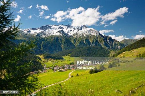 オーストリアの山の風景