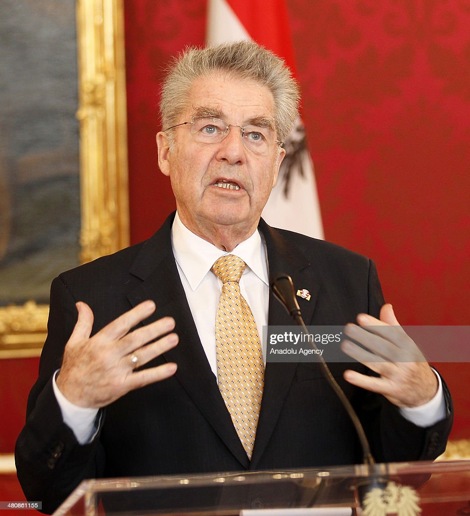 Austrian President Heinz Fischer and President of Serbia Tomislov Nikolic (not seen) attend a press conference following their meeting in Vienna, Austria on March 27, 2014.