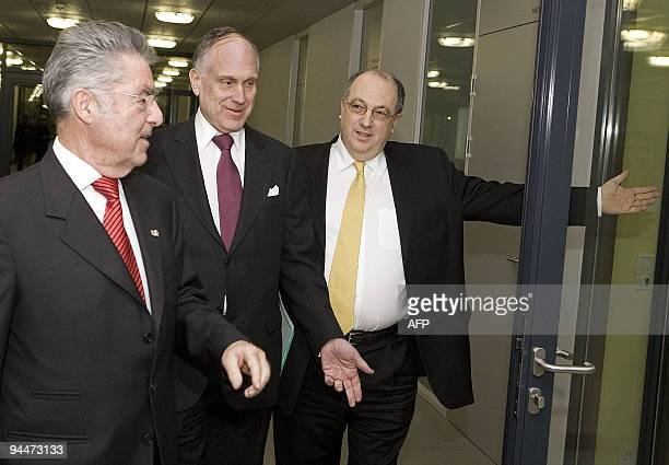 Austrian President Heinz Fischer and the President of the Jewish World Congress Ronald Lauder are welcomed by the President of the Jewish community...
