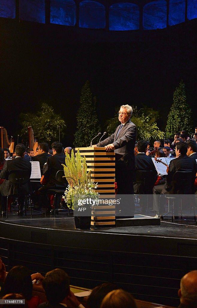 Austrian President Heinz Fischer speaks at the opening of the Salzburg festival in Salzburg on July 26, 2013. The festival runs from Jul 19 to September 1, 2013 .