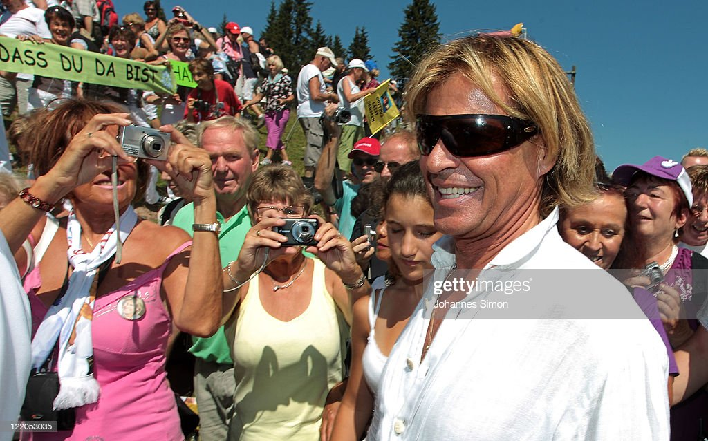 Hansi Hinterseer Annual Fan Hiking Tour