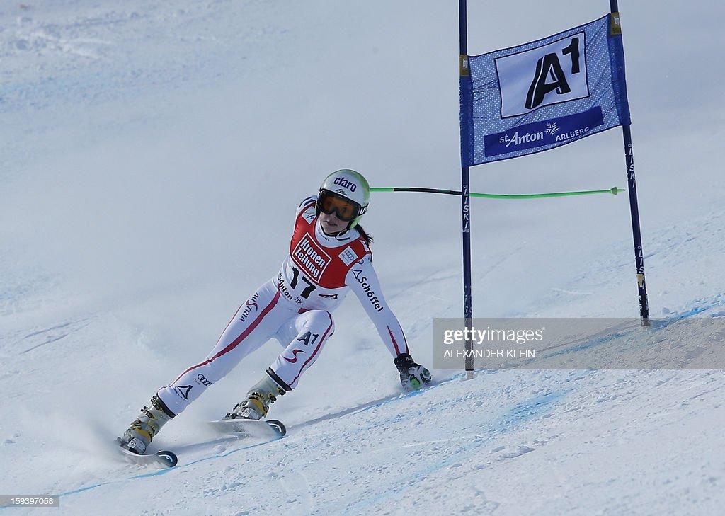 Austria's Anna Fenninger competes during the women's World Cup Super G, on January 13, 2013 in St Anton am Arlberg, Austria. Slovenia's Tina Maze won ahead of Austria's Anna Fenninger and Switzerland's Fabienne Suter.