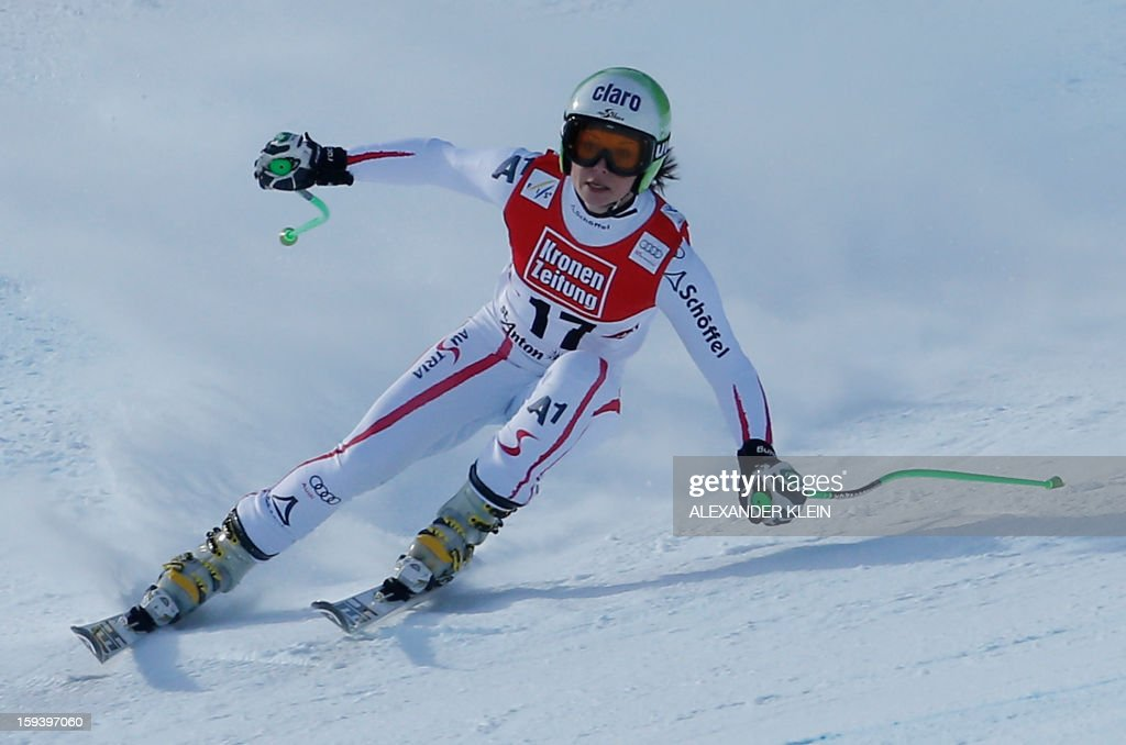 Austria's Anna Fenninger competes during the women's World Cup Super G, on January 13, 2013 in St Anton am Arlberg, Austria. Slovenia's Tina Maze won ahead of Austria's Anna Fenninger and Switzerland's Fabienne Suter.