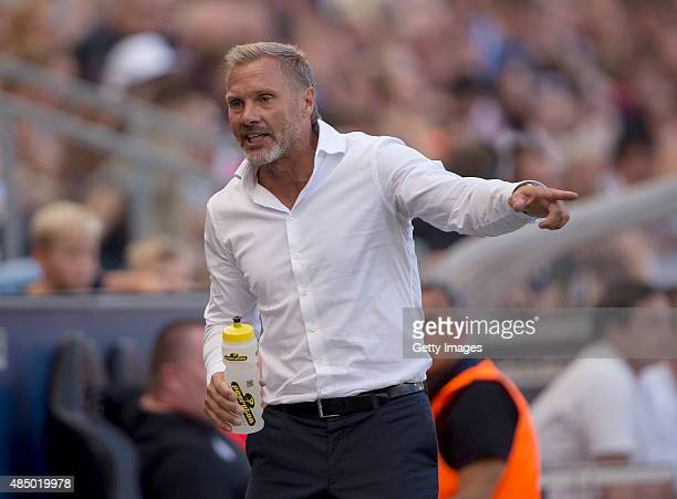 Austria's coach Thorsten Fink gesticulates during the tipico Bundesliga match between RB Salzburg and Austria Wien at Red Bull Arena on August 23...