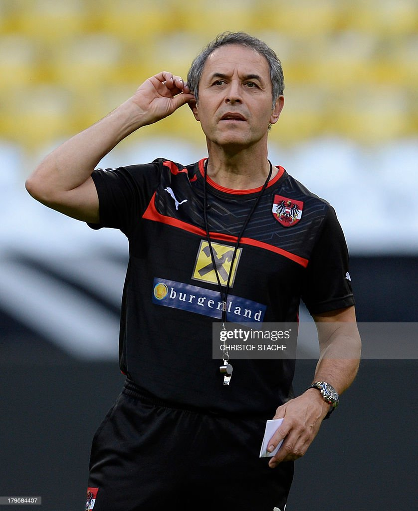 Austria's headcoach Marcel Koller gestures during the final training's session of Austria's national football team in the arena in Munich, southern Germany, on September 5, 2013 on the eve of the FIFA 2014 World Cup group C qualifying football match Germany vs Austria. AFP PHOTO/CHRISTOF STACHE