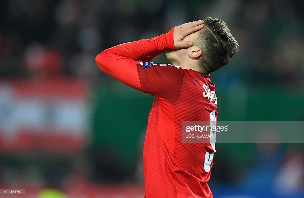 Austria's Marcel Sabitzer reacts during the World Cup 2018 qualification football match between Austria and Ireland in Vienna on November 12, 2016. / AFP / JOE