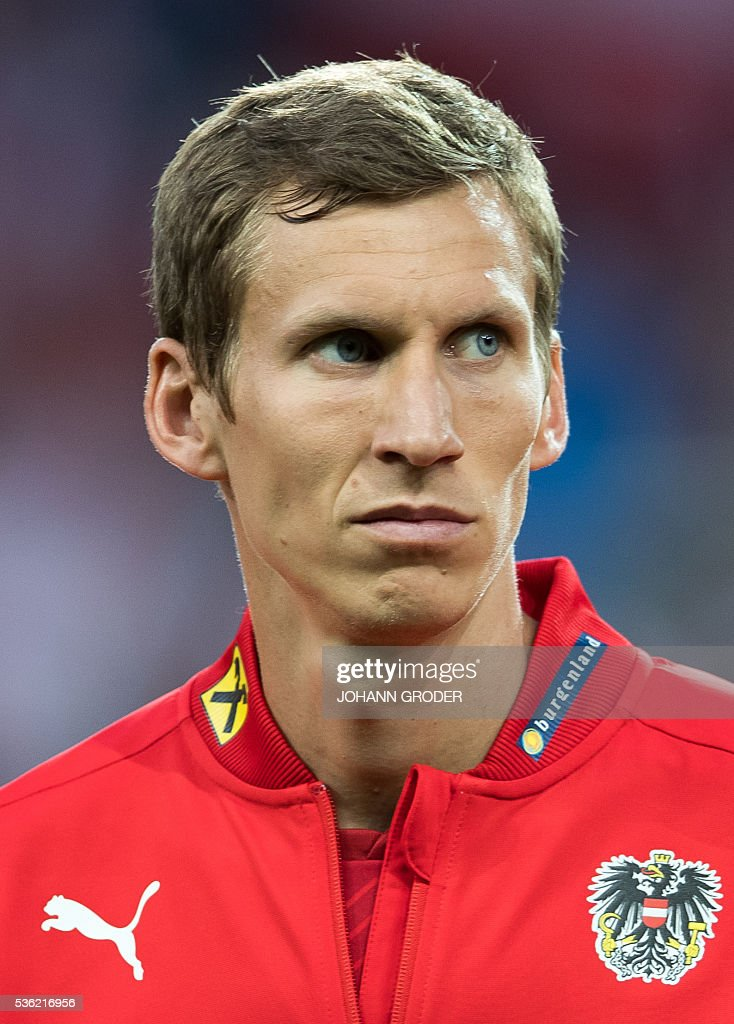 Austria's player Florian Klein attends the pre-Euro 2016 friendly football match between Austria and Malta at the Woerthersee Stadium in Klagenfurt, Austria on May 31, 2016. / AFP / APA / Johann GRODER / Austria OUT