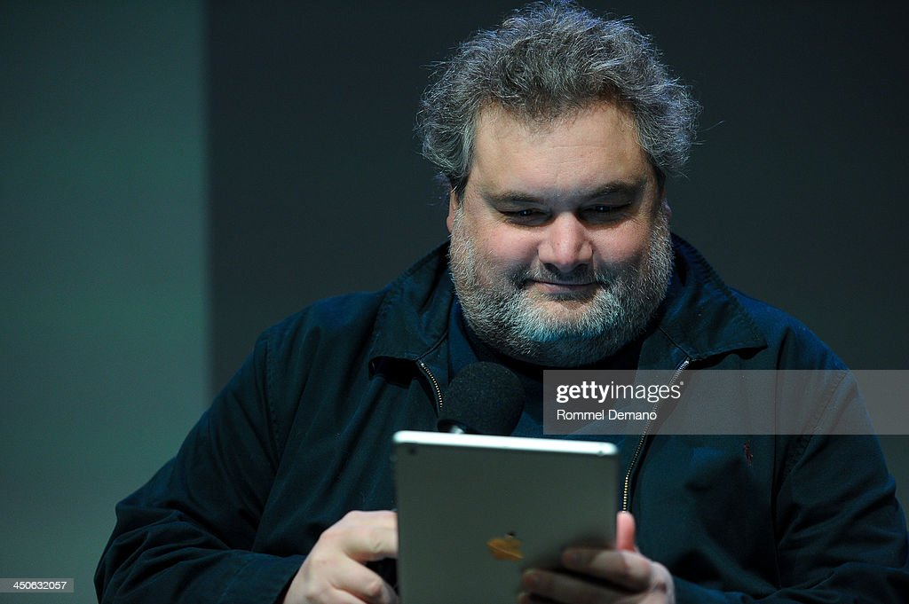Author Artie Lange attends Meet the Author: Artie Lange, 'Crash and Burn' at the Apple Store Soho on November 19, 2013 in New York City.