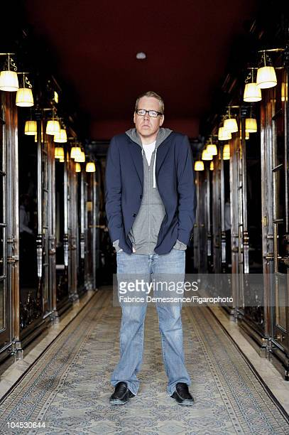 Author Bret Easton Ellis at a portrait session for Le Figaro Magazine in Paris in 2010 at Hotel Coste Image ID012 CREDIT MUST READ Fabrice...
