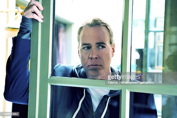 Author Bret Easton Ellis at a portrait session for Le Figaro Magazine in Paris in 2010 at Hotel Coste Image ID011 CREDIT MUST READ Fabrice...