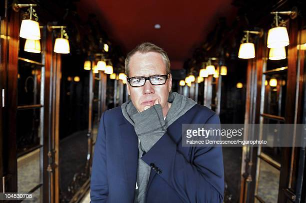 Author Bret Easton Ellis at a portrait session for Le Figaro Magazine in Paris in 2010 at Hotel Coste Image ID016 CREDIT MUST READ Fabrice...