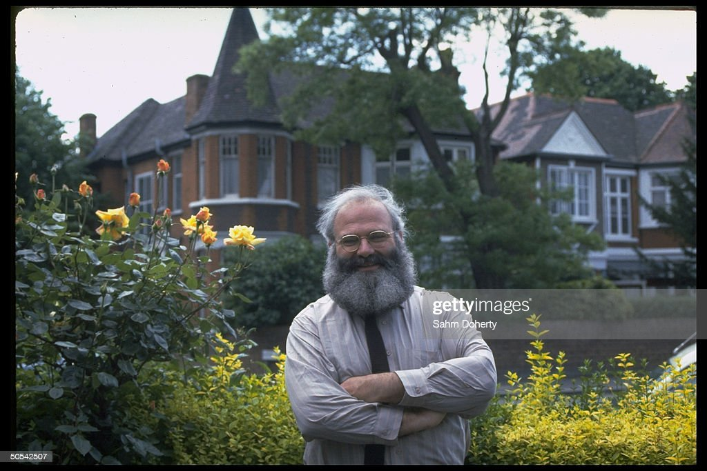 Author Dr. <a gi-track='captionPersonalityLinkClicked' href=/galleries/search?phrase=Oliver+Sacks&family=editorial&specificpeople=597933 ng-click='$event.stopPropagation()'>Oliver Sacks</a> outside his childhood home.