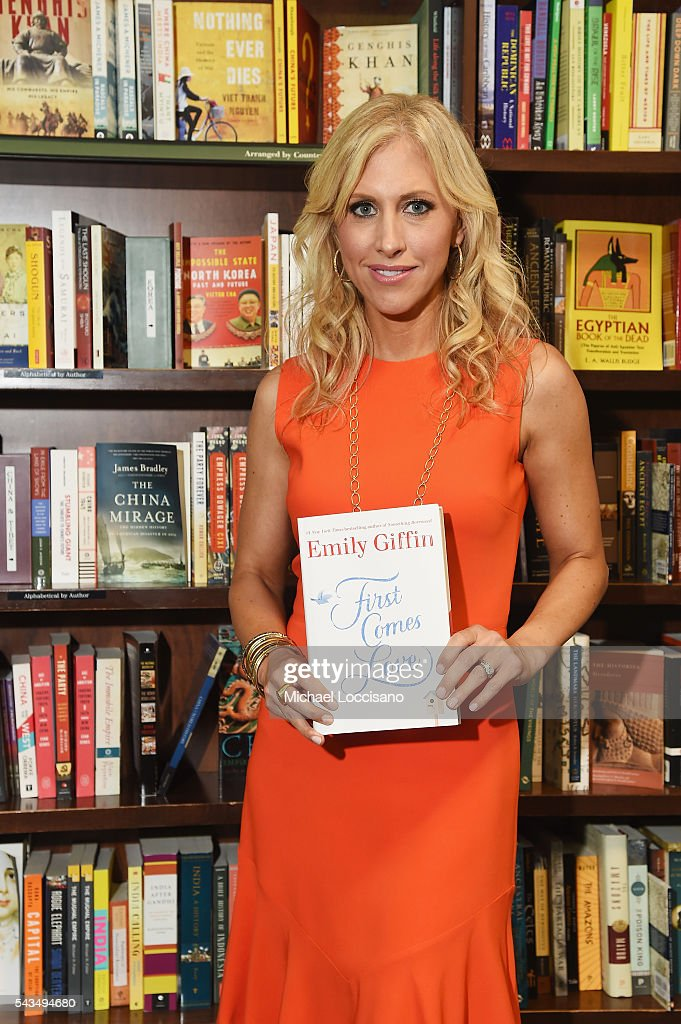 Author Emily Giffin signs copies of her book 'First Comes Love' at Barnes & Noble Union Square on June 28, 2016 in New York City.