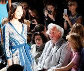 Author Fran Lebowitz Vanity Fair Editor in Chief Graydon Carter and Anna Scott attend the Diane Von Furstenberg fashion show during MercedesBenz...
