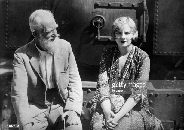 Author George Bernard Shaw and actress Alice Terry Nice France About 1930 Photograph Schriftsteller George Bernard Shaw und Schauspielerin Alice...
