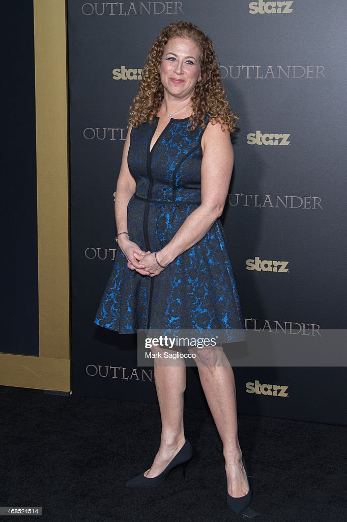 Author Jodi Picoult attends the 'Outlander' Mid-Season Premiere at the Ziegfeld Theater on April 1, 2015 in New York City.