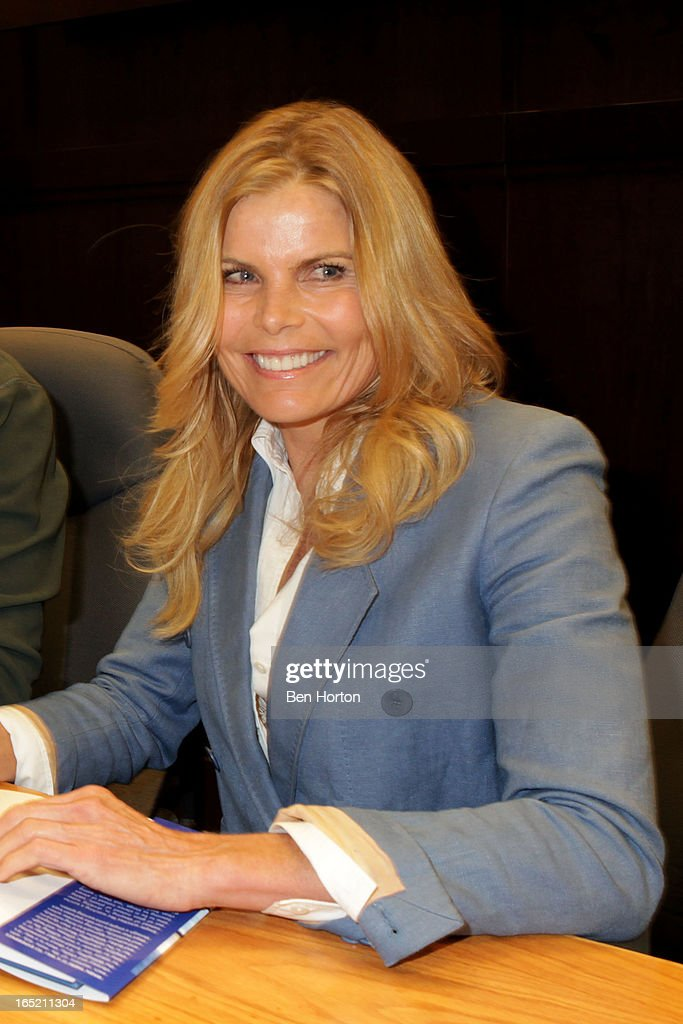 Author Mariel Hemingway signs copies of her book 'The Willing Way' at Barnes & Noble bookstore at The Grove on April 1, 2013 in Los Angeles, California.