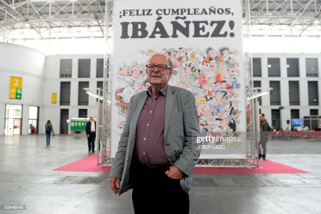 Author of comic books saga 'Mortadelo y Filemon', Spanish cartoonist Francisco Ibanez, poses during the 34th Comic Fair 2016 in Barcelona on May 5, 2016. LAGO