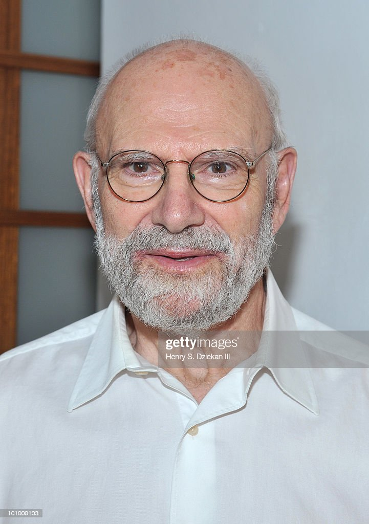 Author <a gi-track='captionPersonalityLinkClicked' href=/galleries/search?phrase=Oliver+Sacks&family=editorial&specificpeople=597933 ng-click='$event.stopPropagation()'>Oliver Sacks</a> attends the BookExpo for Knopf cocktail party at The Ramscale Penthouse on May 26, 2010 in New York City.