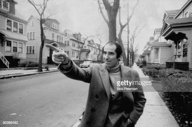 Author Philip Roth revisiting areas where he grew up