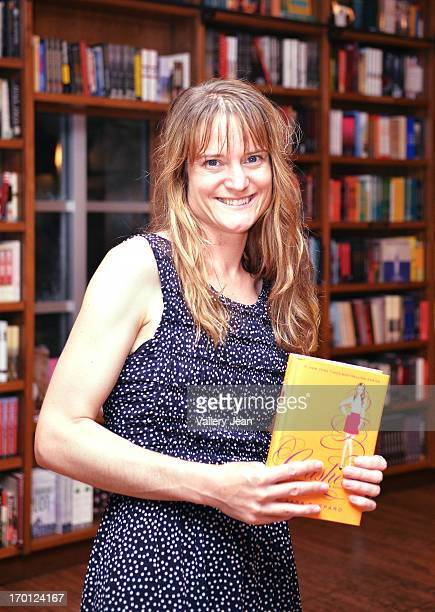 sarah shepard author study Sara shepard is the #1 new york times bestselling author of the pretty little liars series she has also written other young adult series and novels, including the lying game, the heiresses, and the perfectionists sara now lives outside of philad.