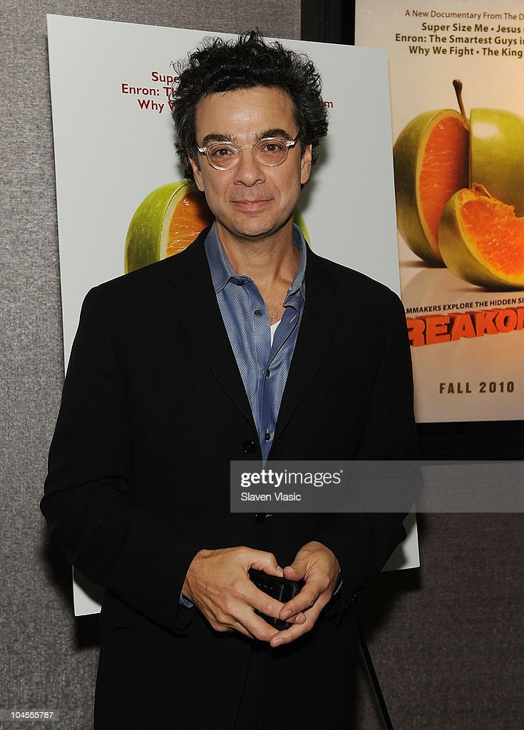 Author Stephen J. Dubner attends the 'Freakonomics' premiere at Cinema 2 on September 29, 2010 in New York City.