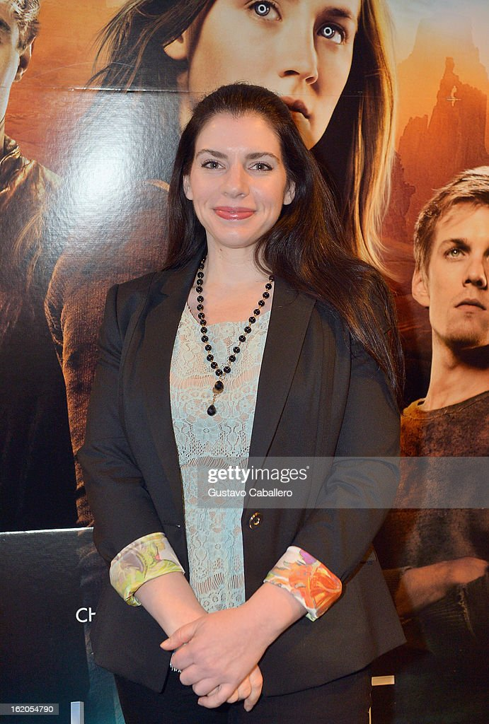 Author <a gi-track='captionPersonalityLinkClicked' href=/galleries/search?phrase=Stephenie+Meyer&family=editorial&specificpeople=5476076 ng-click='$event.stopPropagation()'>Stephenie Meyer</a> attends 'The Host' Miami Q&A Screening with Jake Abel and Max Irons at AMC Sunset Place on February 18, 2013 in Miami, Florida.
