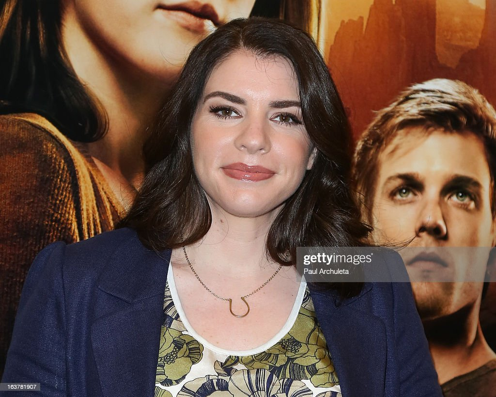 Author Stephenie Meyer signs copies of her book 'The Host' at Barnes & Noble bookstore at The Grove on March 15, 2013 in Los Angeles, California.