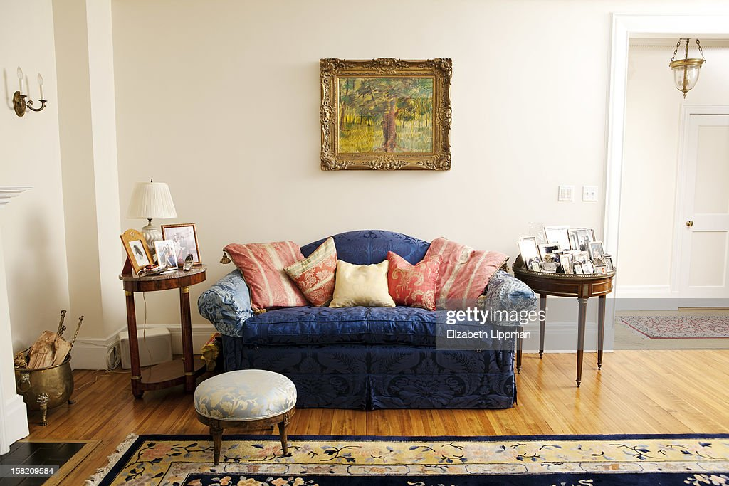 Author Susan Fales Hills Home Is Photographed For New York Post On September 19