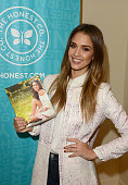 Author/actress Jessica Alba attends The Honest Company and The Moms Launch of Jessica Alba's New Book The Honest Life at the Mondrian LA on March 15...