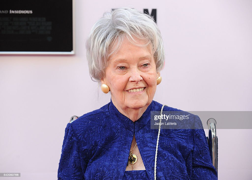 lorraine warren - photo #11