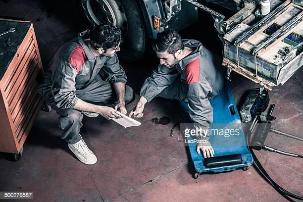 Auto und Truck Mechanik