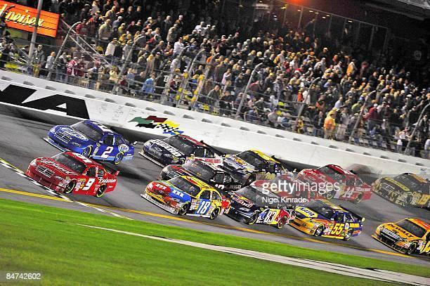 NASCAR Budweiser Shootout Kasey Kahne in action leading race at Daytona International Speedway Daytona FL 2/7/2009 CREDIT Nigel Kinrade