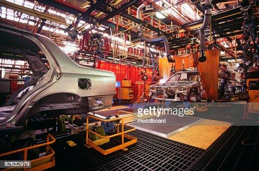 Automobile manufacturing plant : Foto stock