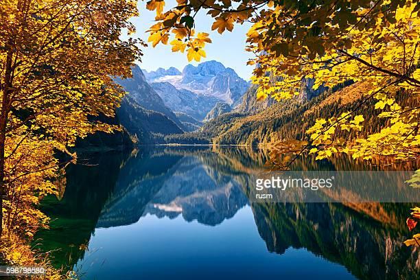 Herbst See Gosausee im wunderschönen Salzkammergut, Österreich