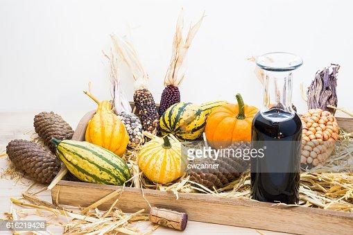 Autumn mood with decorative pumpkins : Bildbanksbilder