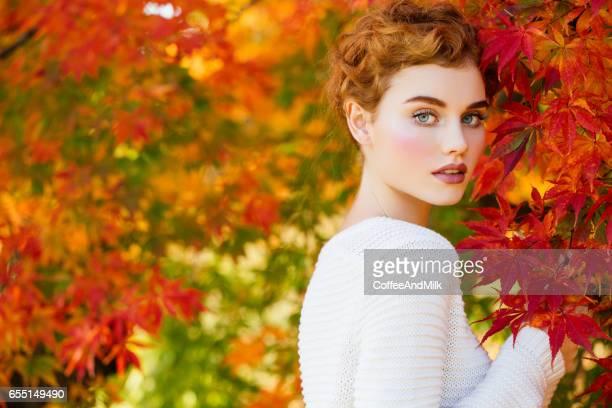 Herbst Foto von schönen Mädchen