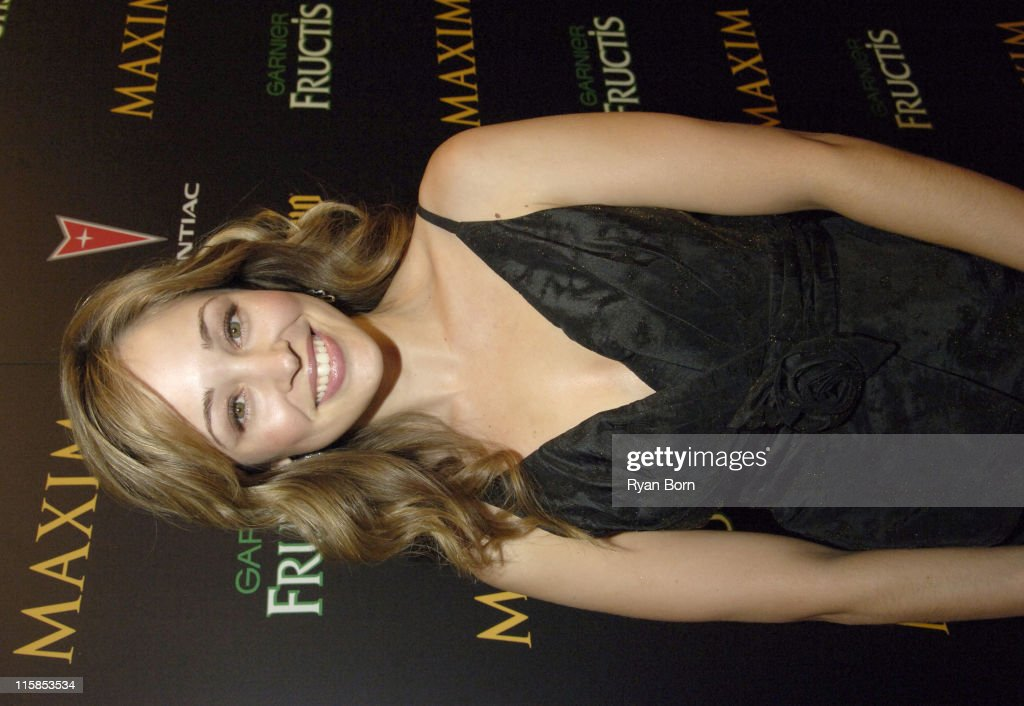 2006 Maxim Hot 100 Party - Red Carpet