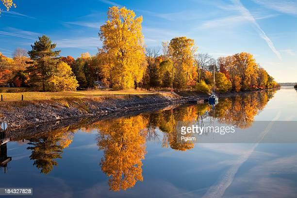 Autumn reflection on the lake