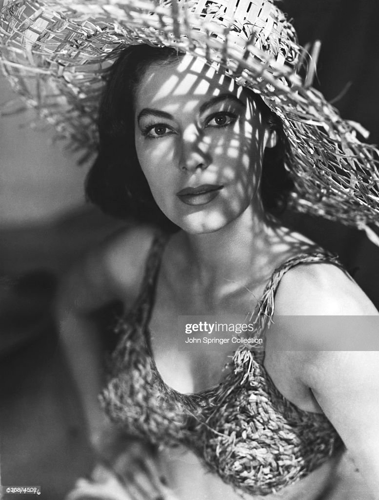 <a gi-track='captionPersonalityLinkClicked' href=/galleries/search?phrase=Ava+Gardner&family=editorial&specificpeople=93109 ng-click='$event.stopPropagation()'>Ava Gardner</a> wearing a straw hat and bikini top made from organic materials.