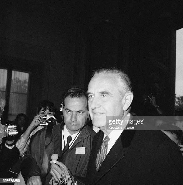 Averell Harriman de la délégation américaine photographié à son arrivée à Paris France le 10 mai 1968