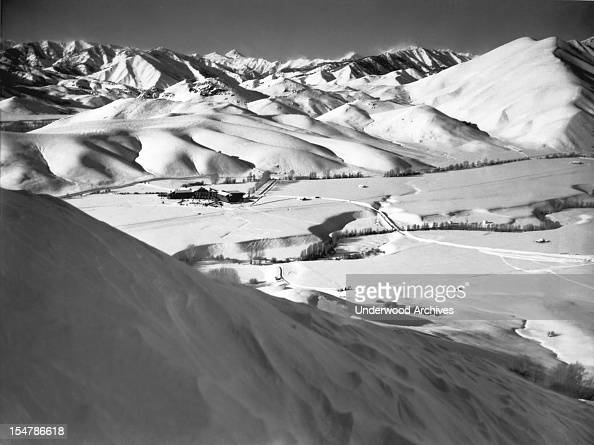 Averell Harriman has formally opened America's most exclusive winter resort in Sun Valley Idaho Sun Valley Idaho February 22 1937
