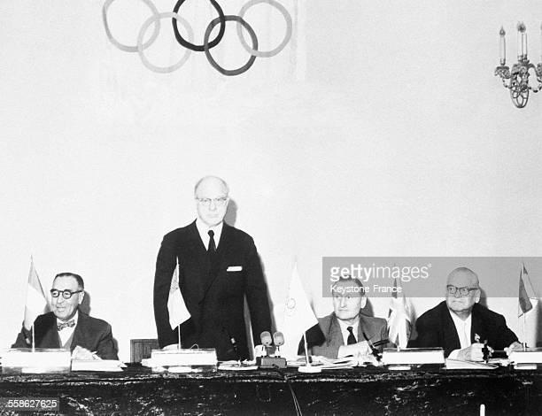 Avery Brundage President du Comite International Olympique ouvrant la 59eme Session du Comite le 5 juin 1962 a Moscou Russie